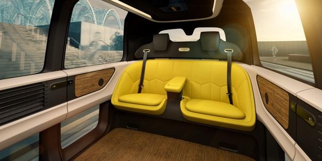 Volkswagen trình làng mẫu xe tự lái hoàn toàn đầu tiên - 9