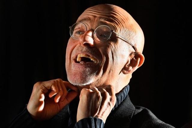 Bác sỹ phẫu thuật Sergio Canavero.