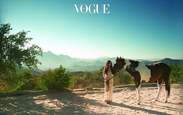 Những bức ảnh của Song Hye Kyo tại Mỹ mang phong cách tự nhiên nhưng vẫn rất nghệ thuật.
