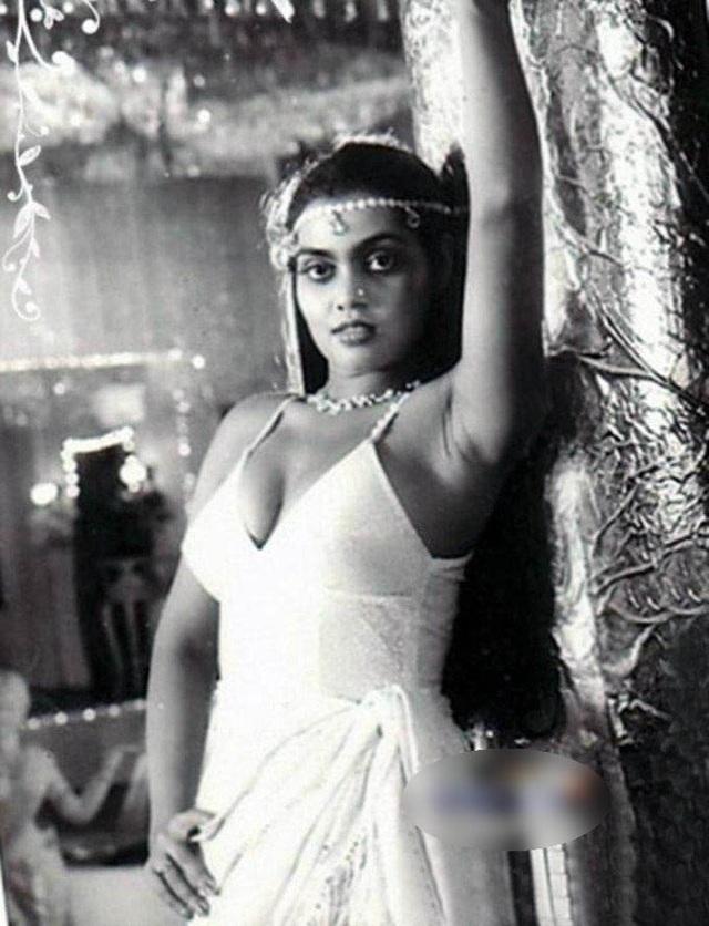 Silk Smitha (1960-1996)