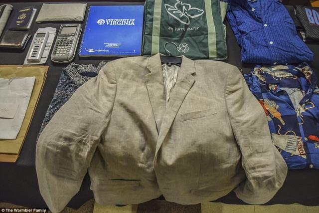 Otto Warmbier từng được nhìn thấy mặc chiếc áo vest này khi tới dự phiên tòa xét xử tại Triều Tiên năm ngoái (Ảnh: Warmbier Family)