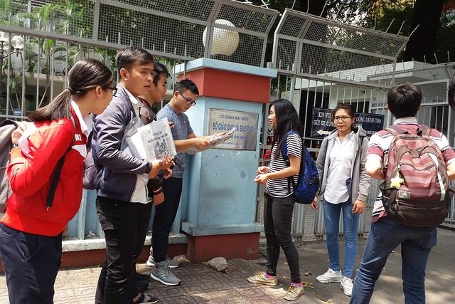 Sinh viên trường ĐH Tân Tạo đã chuyển trường nhiều lần đến Cơ quan đại diện Bộ GD-ĐT tại TP.HCM kêu cứu