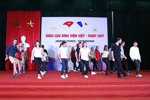 Sinh viên Việt – Pháp cuồng nhiệt trong buổi giao lưu - 3