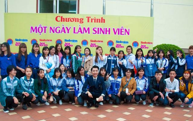 MC Hoàng Anh Duy được học sinh đặc biệt yêu mến.