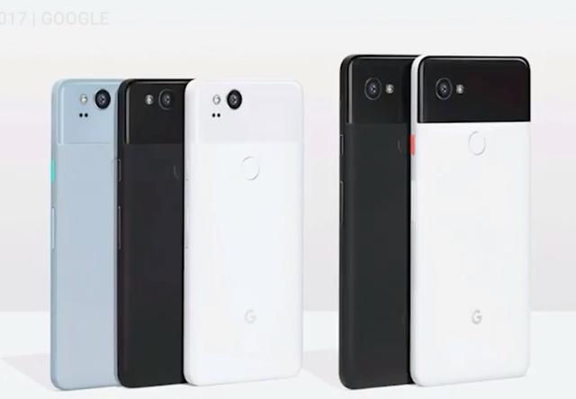 Về kích thước, Google Pixel 2 và Pixel 2 XL lần lượt có màn hình là 5-inch và 6-inch. Tuy nhiên các tính năng trên 2 phiên bản này là gần như tương đồng. Google không quên đá xoáy Apple, nói rằng hãng không thêm các tính năng cao cấp trên dòng sản phẩm đắt tiền hơn, và người dùng có thể thoải mái lựa chọn kích thước phù hợp.