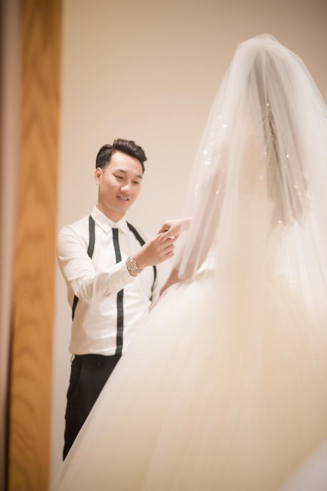 MC Thành Trung đưa vợ 9x đi chọn váy cưới - 8
