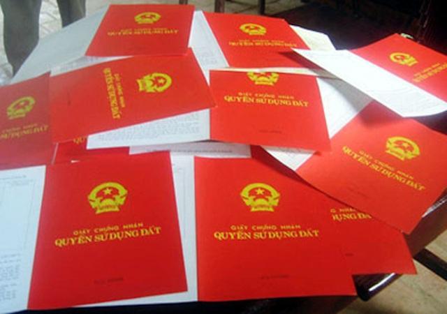 TPHCM sẽ cấp sổ đỏ cho khoảng 30.000 trường hợp mua nhà đất bằng giấy tay