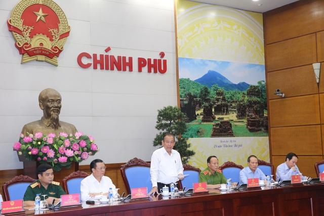Phó Thủ tướng Trương Hòa Bình: Thay thế ngay những người đứng đầu cơ quan có biểu hiện bao che, dung túng cho buôn lậu.