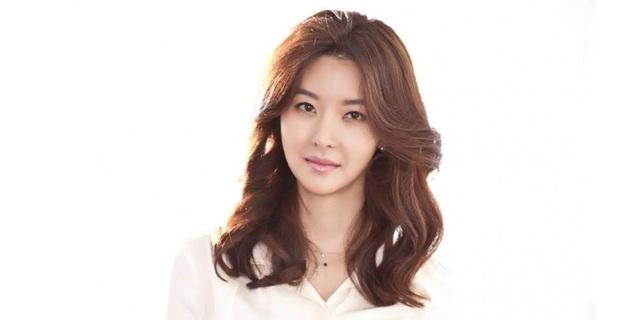 Nữ diễn viên Song Seon Mi viết tâm thư bày tỏ tình cảm với người chồng quá cố, một tuàn sau khi anh bị đâm chết.