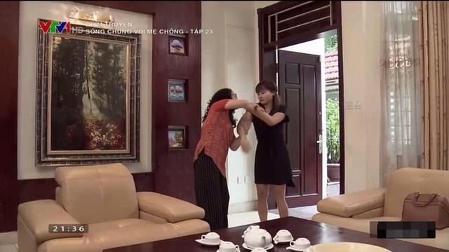 Mẹ chồng nàng dâu giằng co nhau trong tập 23 của Sống chung với mẹ chồng. Ảnh: TL.