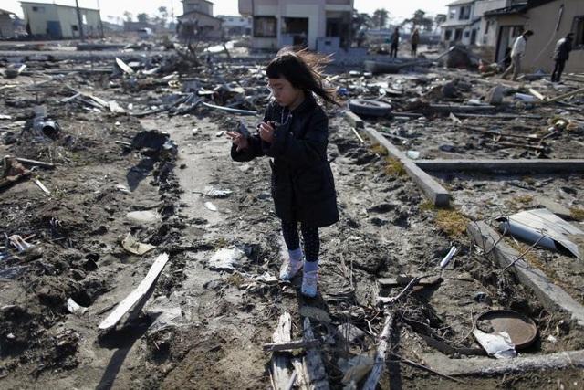 Thảm họa động đất/sóng thần khủng khiếp tại Nhật Bản 6 năm trước - 9