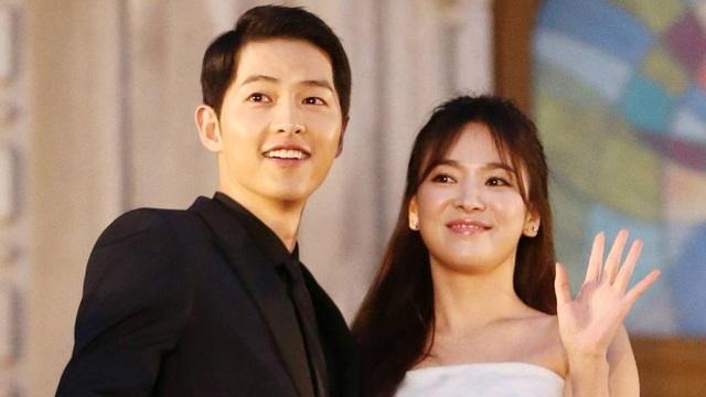 Fan trên khắp châu Á đang đếm từng ngày tới đám cưới của Song Hye Kyo và Song Joong Ki.