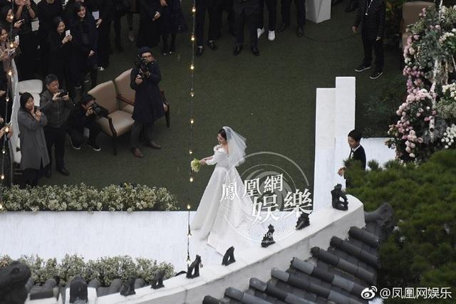 Song Joong Ki và Song Hye Kyo tung ảnh cưới đẹp như mơ sau đám cưới thế kỷ - 13