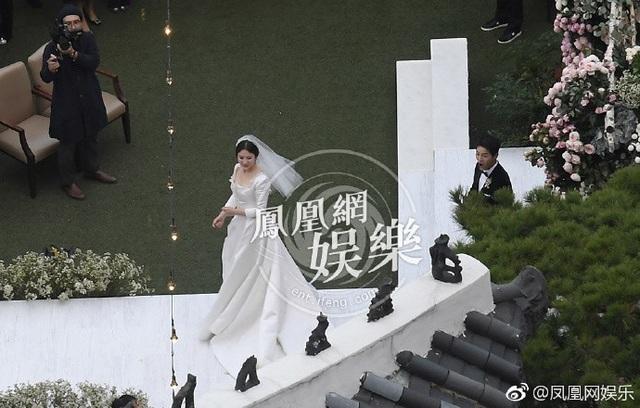 Song Joong Ki và Song Hye Kyo tung ảnh cưới đẹp như mơ sau đám cưới thế kỷ - 12