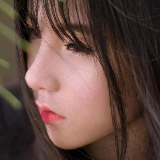 """Xuất hiện """"em gái góc nghiêng"""" của Sơn Tùng M-TP khiến dân mạng xôn xao - 4"""