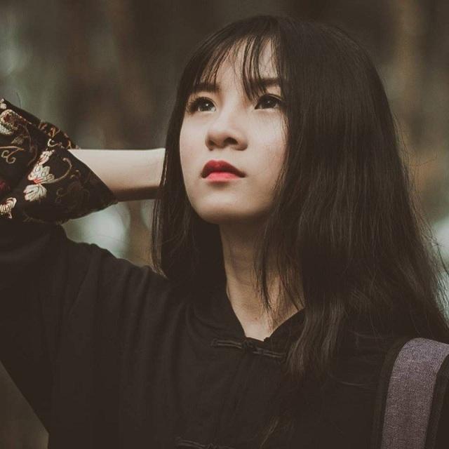 """Xuất hiện """"em gái góc nghiêng"""" của Sơn Tùng M-TP khiến dân mạng xôn xao - 9"""
