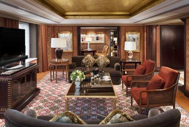 Phòng Tổng thống duy nhất của khách sạn với các gian phòng nối liền nhau, tổng diện tích lên tới 200m2