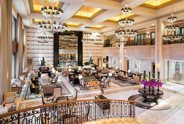 Một không gian bên trong khách sạn 5 sao St Regis