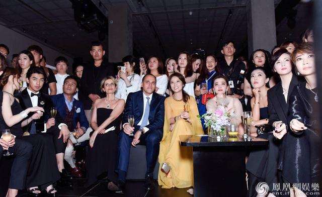 Dàn mỹ nhân Hoa ngữ đọ dáng trong sự kiện thời trang - 13