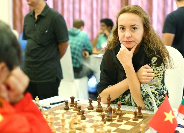 Nhiều cao thủ trên thế giới cũng đến đây, chứng tỏ hình ảnh và sức hút tốt của giải. Số này có nhà vô địch nữ thế giới năm 2004 Stefanova Antoaneta (Bulgaria)