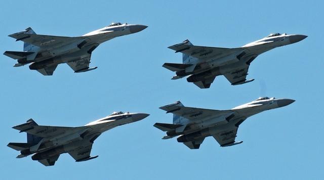 Các máy bay chiến đấu Sukhoi Su-35 của Nga (Ảnh: Sputnik)