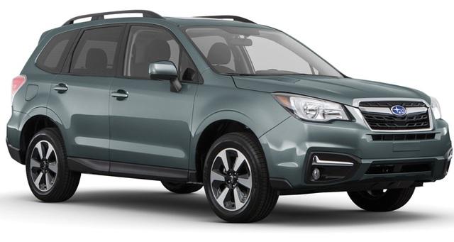 SUV cỡ nhỏ: Subaru Forester - Consumer Reports đánh giá cao không gian bên trong xe rộng rãi, mức độ tiết kiệm nhiên liệu, độ tin cậy, ra vào xe dễ dàng, tính thực dụng cao, dù cửa sổ xe lớn và kiểu dáng xe không mấy đẹp mắt.