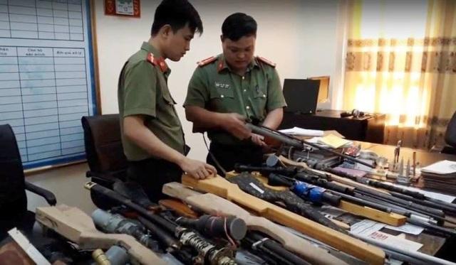 Cơ quan An ninh thu giữ súng tự chế của các đối tượng