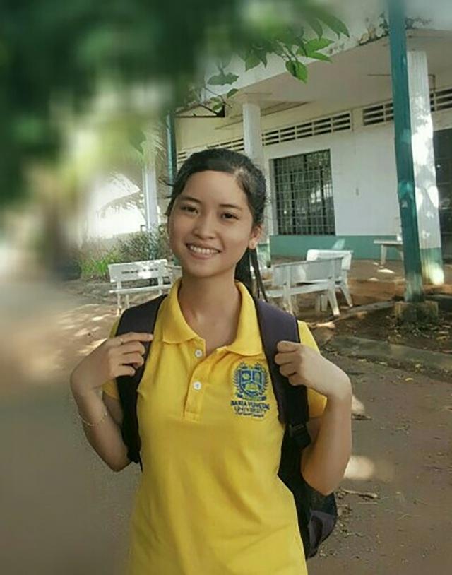 Nữ sinh viên Hồ Ngọc Thuỳ Linh học giỏi suốt 13 năm.