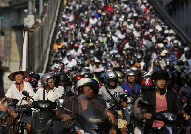 Giờ tan tầm, những con phố trung tâm ở Đài Loan cũng trong tình trạng tắc nghẽn nghiêm trọng.