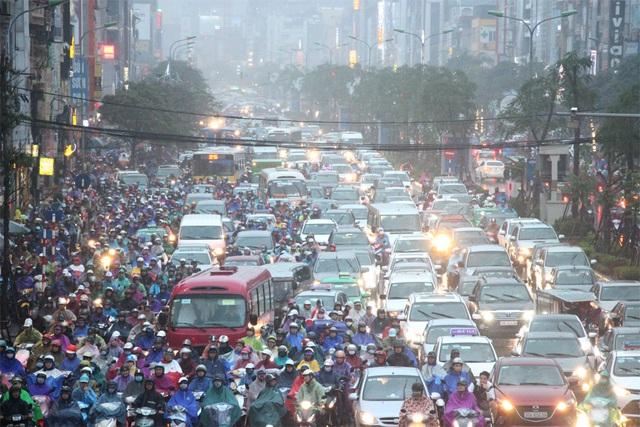 """Dự thảo """"Quản lý vận kinh doanh vận tải bằng hành khách bằng xe taxi trên địa bàn TP Hà Nội"""" sẽ khiến nhiều xe taxi ngoại tỉnh khó làm ăn hơn tại Hà Nội?"""