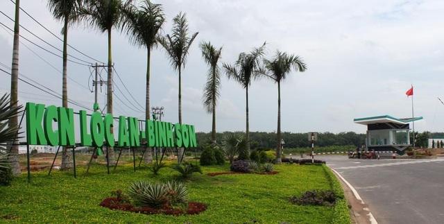 Phương án xây dựng khu tái định cư Lộc An - Bình Sơn và đào tạo chuyển đổi nghề cho người dân địa phương, bố trí việc làm trong khu công nghiệp đã được dự liệu.