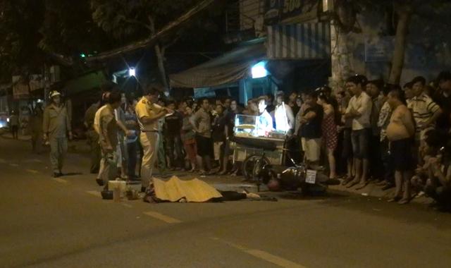 Lực lượng chức năng quận Bình Tân xử lý hiện trường