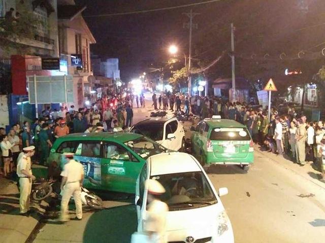 Hiện trường vụ tai nạn trên đường Hà Huy Giáp quận 12