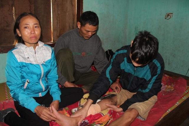 Đôi vợ chồng nghèo van xin cứu lấy chân của đứa con trai tội nghiệp - 5