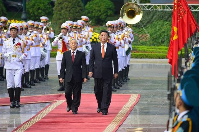 Nhiệm kỳ trước, Tổng Bí thư, Chủ tịch Trung Quốc Tập Cận Bình cũng đã thăm Việt Nam vào 11/2015.