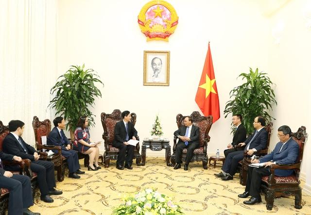 Kaidi và Hoa Dung cùng một đối tác Việt Nam đã thành lập quỹ đầu tư quốc tế với quy mô vốn lên tới 15 tỷ USD, trong đó có mục tiêu đầu tư vào các dự án ở Việt Nam.