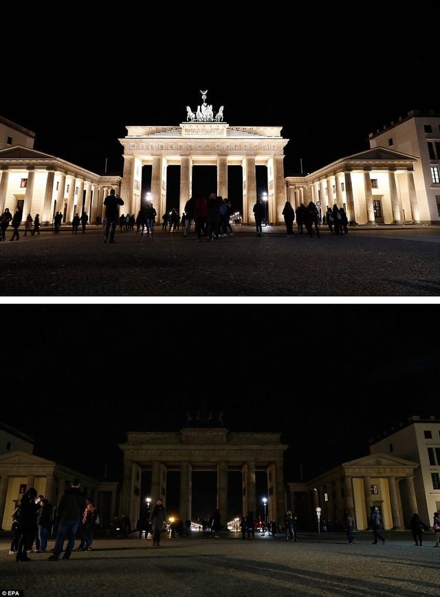 Toàn cảnh cổng Brandenburg ở Berlin, Đức.