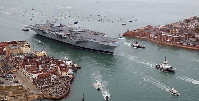 Cảng Portsmouth sẽ là cảng quê nhà - nơi tàu HMS Queen Elizabeth neo đậu sau khi kết thúc chuyến hải trình thử nghiệm đầu tiên ở Biển Bắc kéo dài 6 tuần.