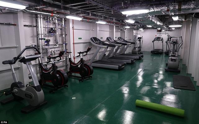 Phòng tập thể thao của các nhân viên trên tàu HMS Queen Elizabeth (Ảnh: PA)