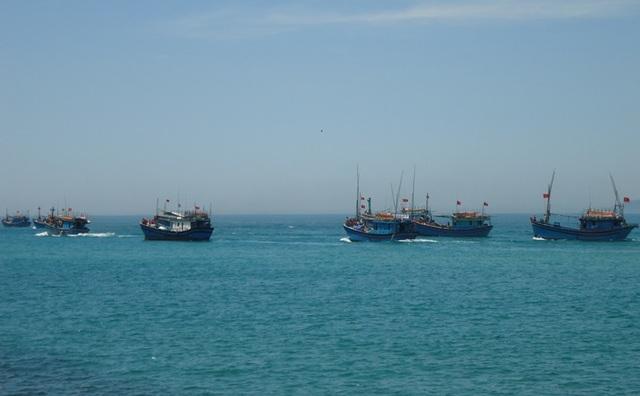 Thời tiết xấu trên biển luôn đe dọa đến tính mạng và tài sản của ngư dân.