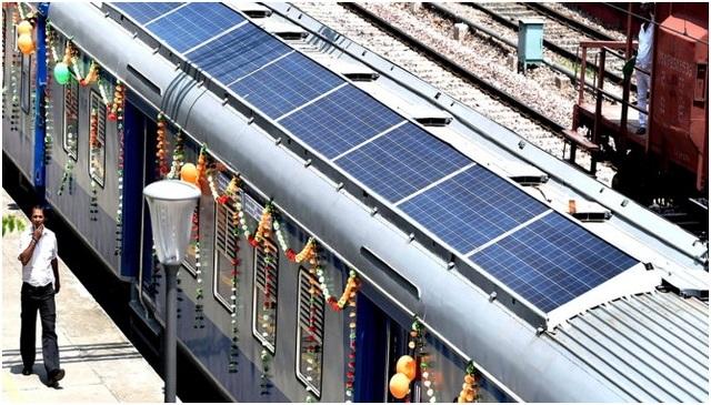 Ấn Độ ra mắt tàu năng lượng mặt trời đầu tiên trên thế giới - 1