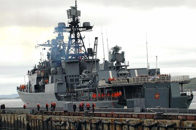 Tàu săn ngầm cỡ lớn Đô đốc Levchenko.