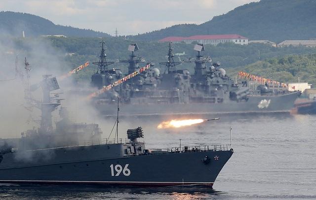 Tàu săn ngầm cỡ nhỏ Snezhnogorsk.