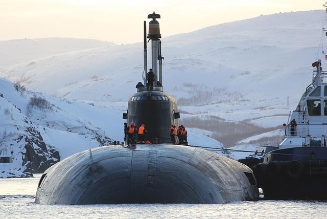 Tàu ngầm hạt nhân mang tên lửa hành trình Antey Orel. Đây là tàu ngầm thuộc Dự án 949A của Nga.