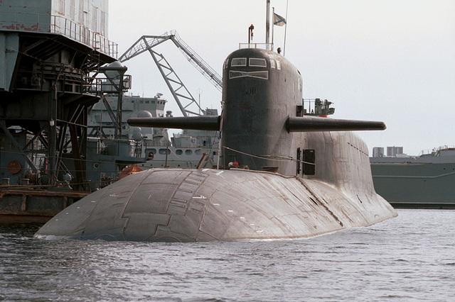 Tàu ngầm hạt nhân Novomoskovsk của Nga.