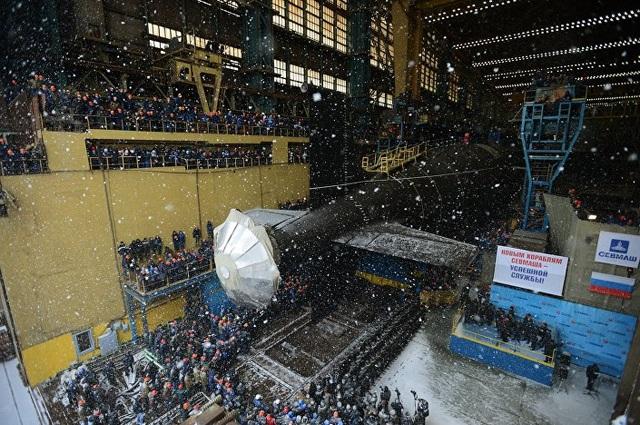 Kazan được khởi đóng vào năm 2009 và dự kiến sẽ được bàn giao cho Hải quân Nga vào năm 2018 sau các cuộc thử nghiệm trên biển. (Ảnh: Sputnik)
