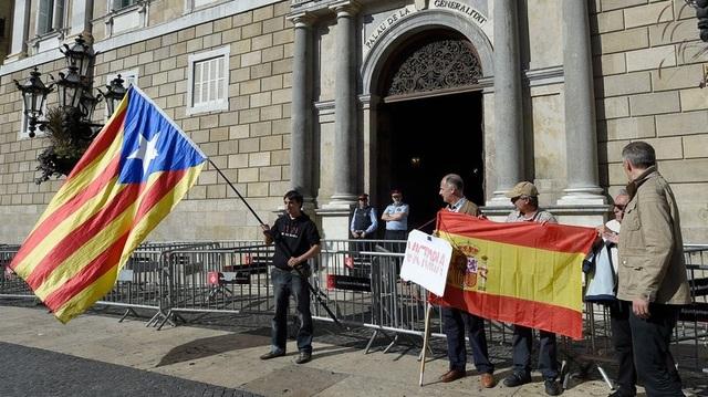 Chính phủ trung ương Tây Ban Nha tiếp quản điều hành Catalonia kể từ ngày 30/10. (Ảnh minh họa: AFP)
