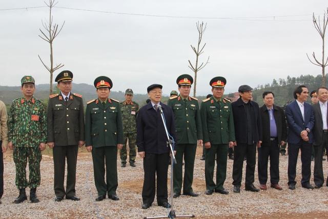 Tổng Bí thư Nguyễn Phú Trọng: Quân đội luôn là lực lượng nòng cốt đi đầu - 1