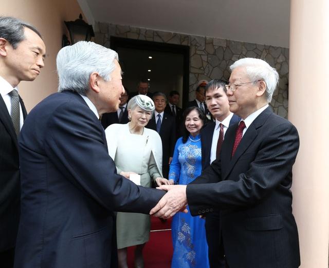 Nhật hoàng dự tiệc trà cùng Tổng Bí thư Nguyễn Phú Trọng - 2