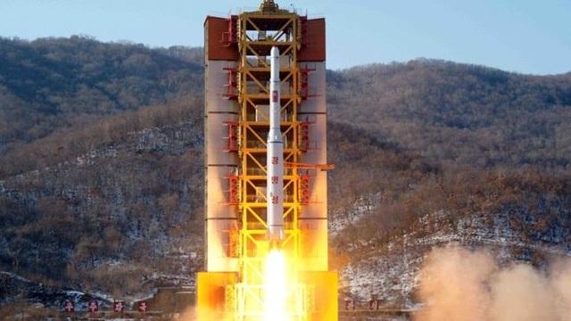 Một vụ thử tên lửa của Triều Tiên. (Ảnh: AFP)